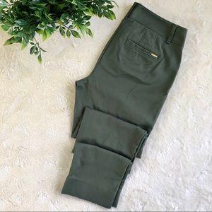 White House black market perfect form green pants